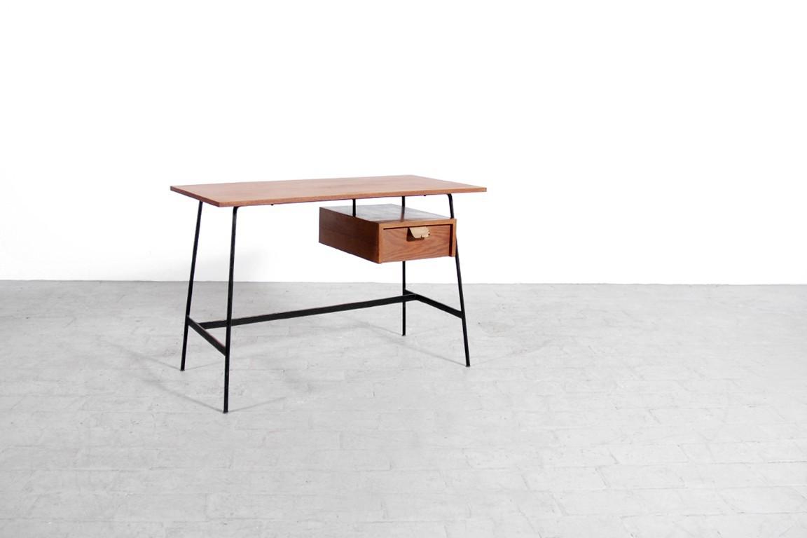 pierre paulin bureau cm 178 thonet 1953 jasper. Black Bedroom Furniture Sets. Home Design Ideas
